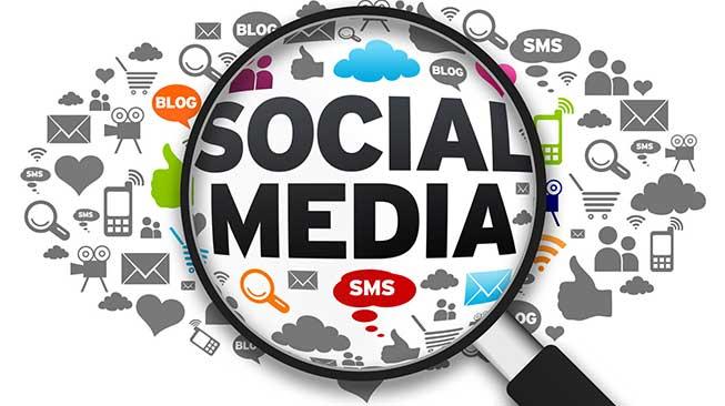Dengan Sosial Media